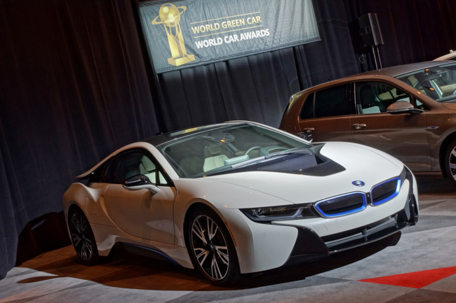 BMW i8 : 2015 World Green Car Award