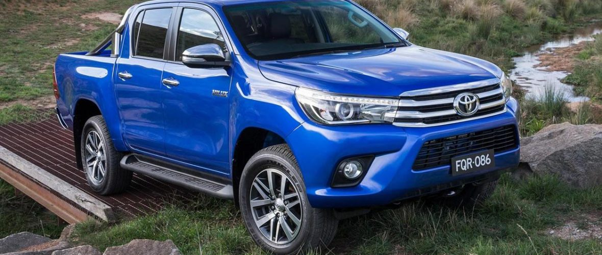2016 Toyota Hilux With 177HP Diesel New Engine