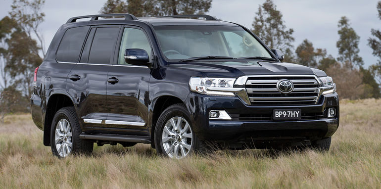 2016 Toyota Land Cruiser 200 Series Release Date and Specs