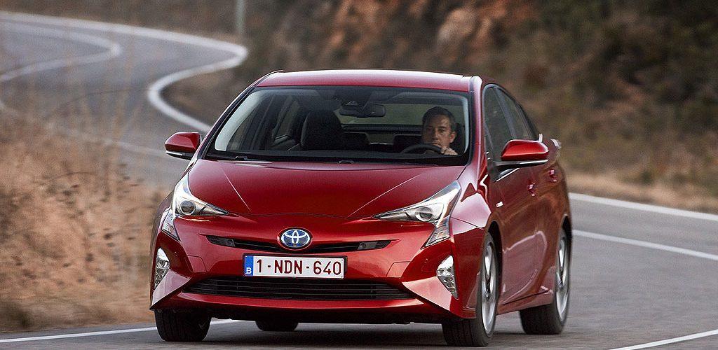 Fourth generation, Toyota Prius 2016 Photos