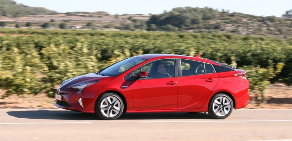Toyota Prius 2016 Review, Fewer calories, more flavor