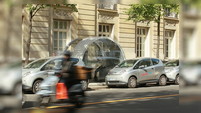 Autolib ': about 180 million euros of debts, who goes (must) pay?