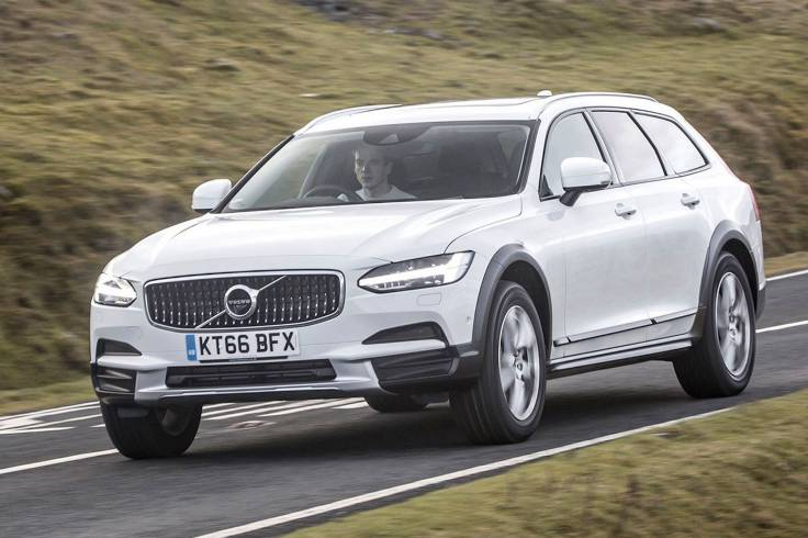 Volvo V90 Cross Country Review : Comfortable ride, Well equipped, Handsome design