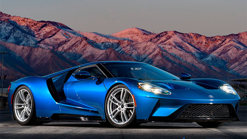 2017 Ford GT Specs and Details