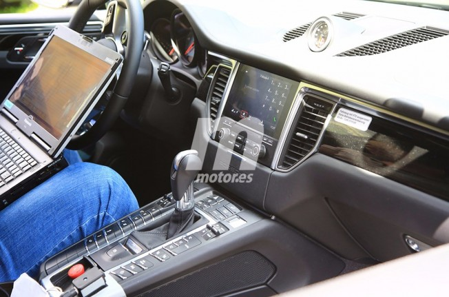 2018 Porsche Macan Interior And Trunk Spied Likeautomotive
