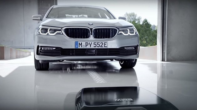 BMW wireless charging Will Launch in 2018