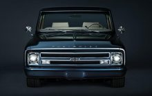 Chevy C-10 pick-up from 1967 as new at SEMA