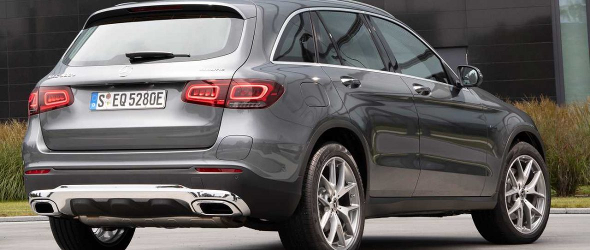 Mercedes GLC 300 and 4MATIC, the third generation plug-in hybrid