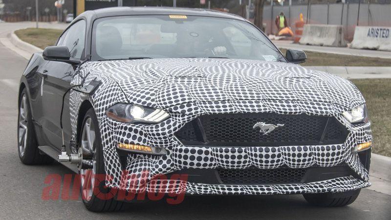 Ford Mustang mule Spyshots