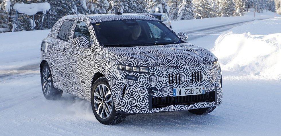 Renault Kadjar 2021 debuts in the snow