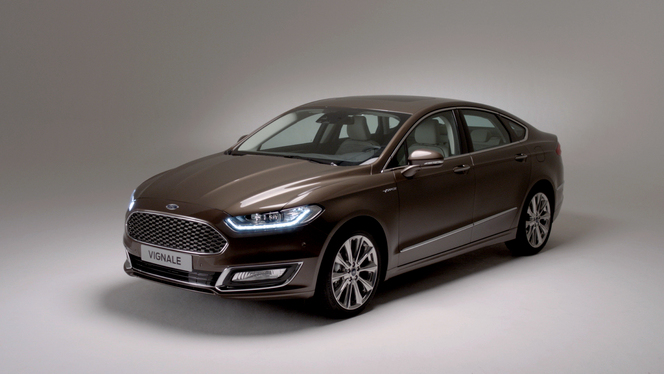 Luxury Ford Mondeo Vignale Price and Specs