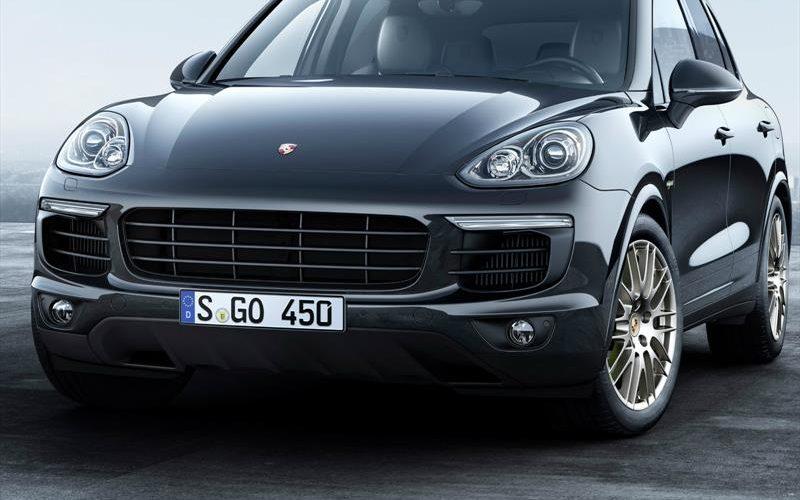 Porsche Cayenne Platinum Edition, available in diesel version and Hybrid