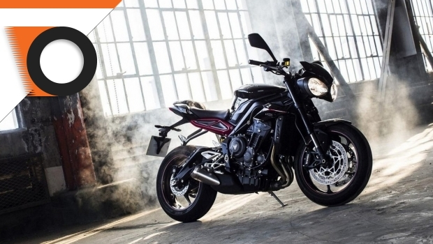New Triumph Street Triple 765, the first motorcycle news of 2017