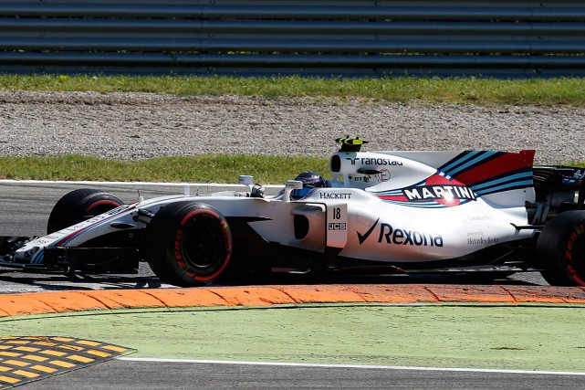 Lance Stroll and Williams welcome the 7 th  Place