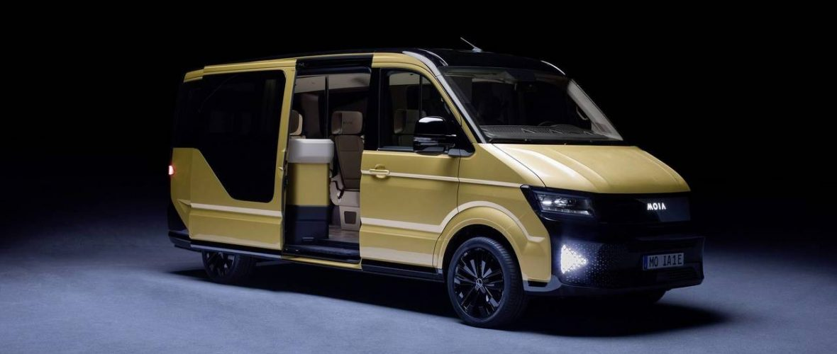 VW Unveils New Electric Minibus