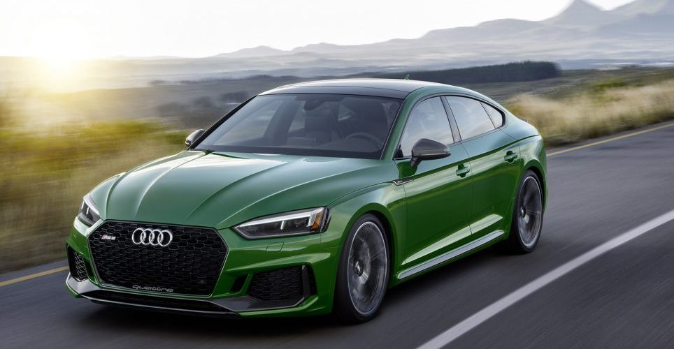 The Audi RS5 comes for the first time in Sportback