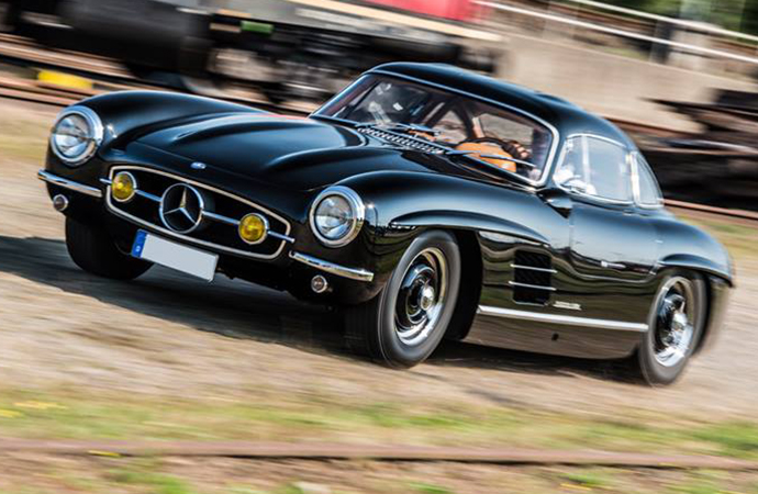 Rare Mercedes Gullwing worth $1.9M stolen from outside Nürburgring hotel