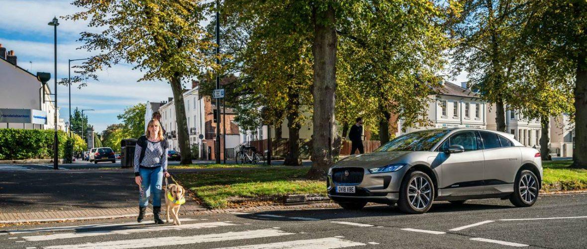 Electric Car Jaguar I-Pace will make an artificial noise to warn pedestrians