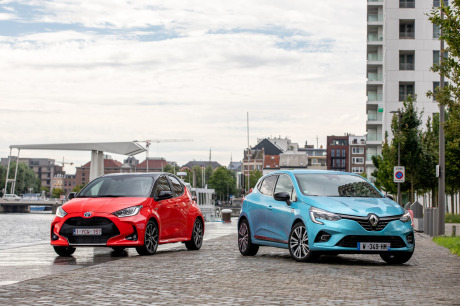 Toyota Yaris vs Renault Clio E-Tech test: the hybrid match