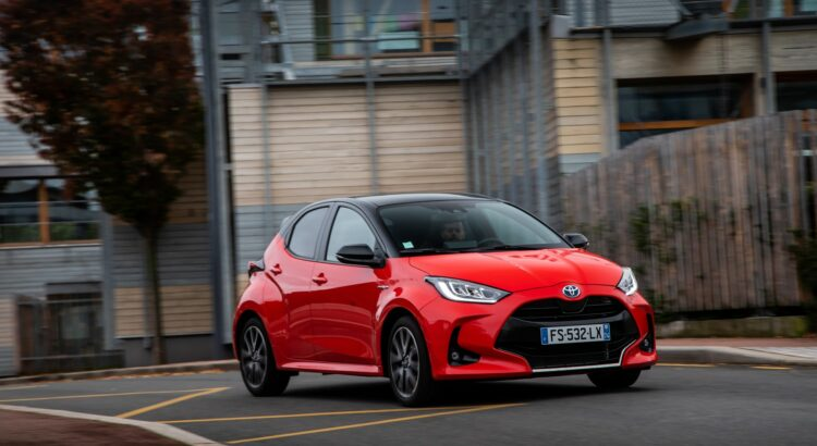 The Cheapest Hybrid Cars In France (In Pictures)