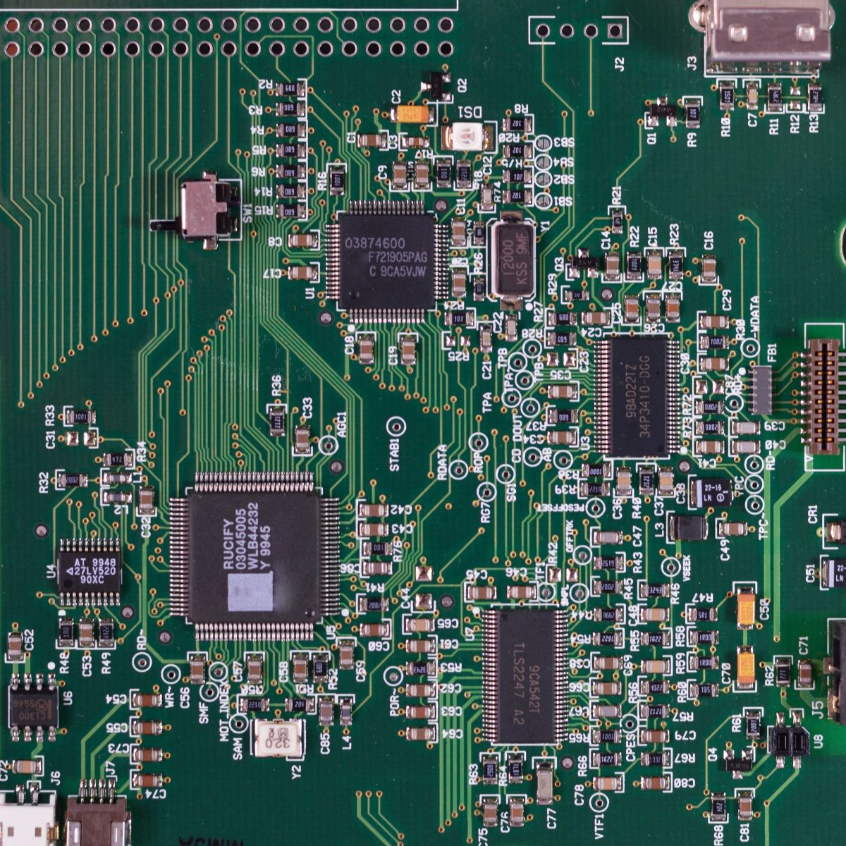 Operating chips for cars: it is estimated that its shortage will last until 2023